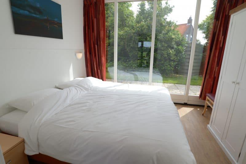t-eibernest-texel-de-cocksdorp-bungalows-30-en-30a-met-slaapkamer-begane-grond-5